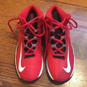 Nike Stutter Step 2 Basketball Shoe Kids Sz 6